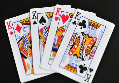 常州四副牌叫牌与反牌的技巧