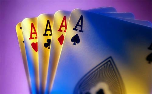 下载红十扑克游戏,让生活变得更有趣!