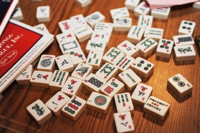 手机版苏州麻将,舍牌的技巧是获胜的关键