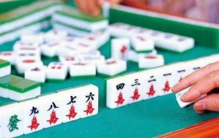人生就像十堰人玩的卡五星,太精辟了!